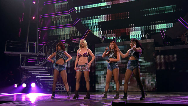 Samsung Smart TV 3D Contents_Britney Spears Toronto Concert (3).jpg