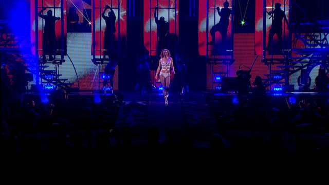 Samsung Smart TV 3D Contents_Britney Spears Toronto Concert (4).jpg